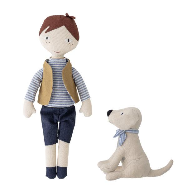 petit garçon et son petit chien